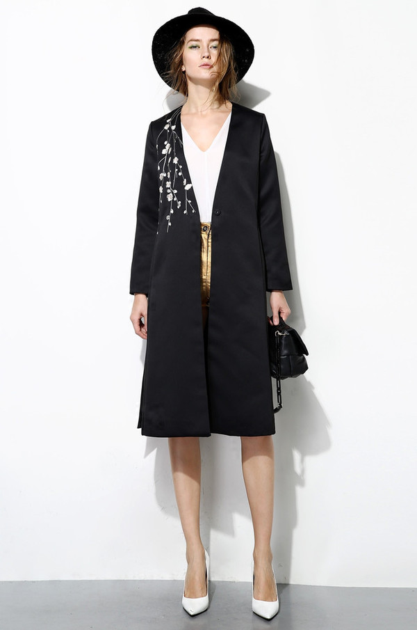 Few Moda Long Embroidered Coat