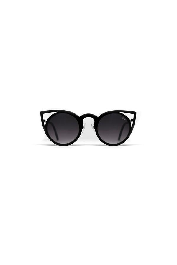 QUAY AUSTRALIA Invader Sunglasses - Black