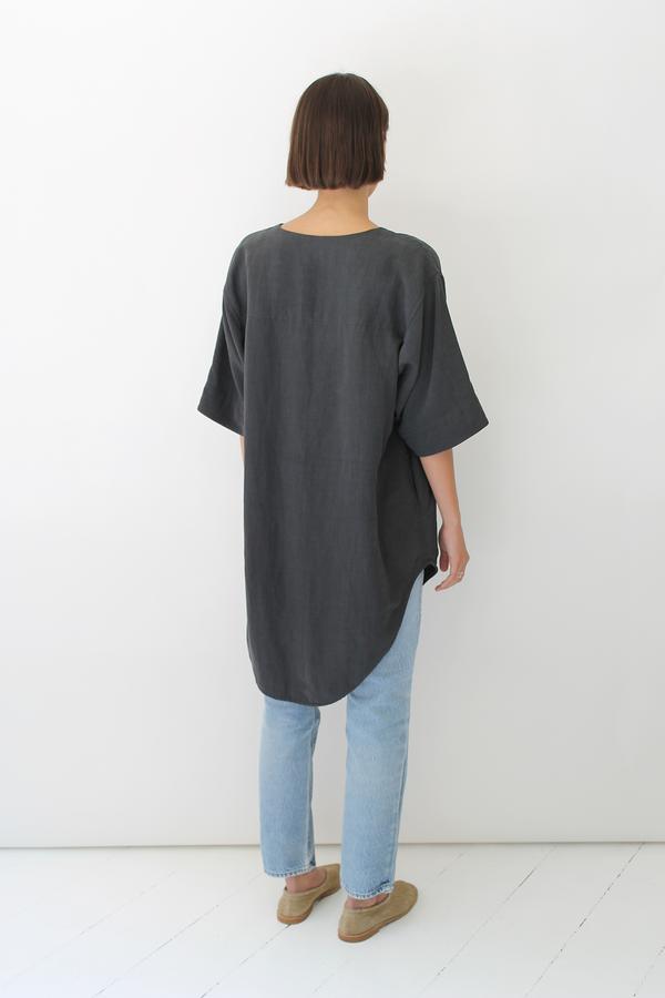 ULIHU silk + linen tunic | charcoal black