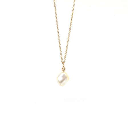 Muizee Pearl Necklace