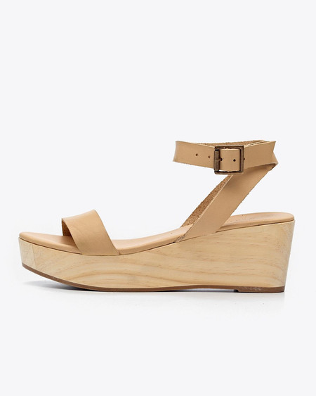 Nisolo Sarita Wooden Wedge Sandal Beige