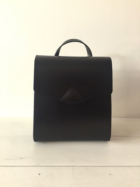 VereVerto Mini Macta Handbag/Backpack in Black