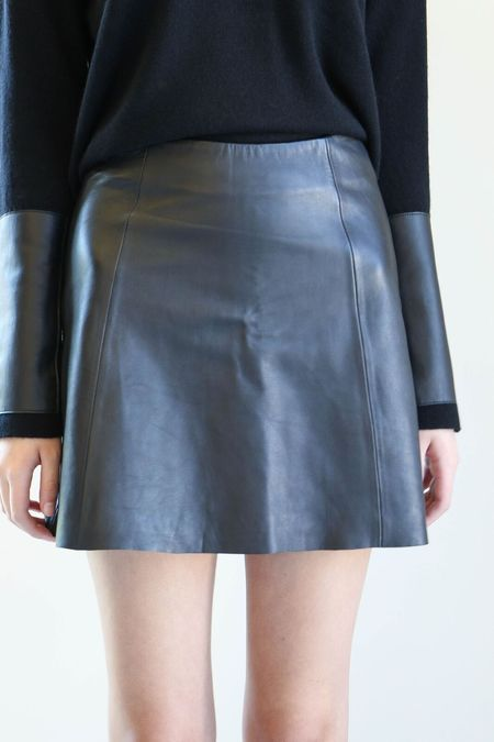 Veda Circle Skirt - Black