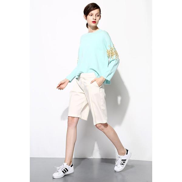 FEW MODA Little Daisy Embroidery Sweater