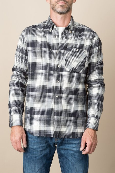 A Kind of Guise Goromo Shirt In Property Check