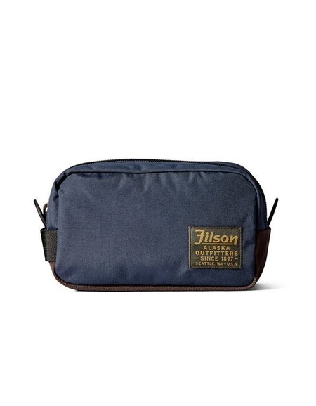 Filson Travel Pack in Navy