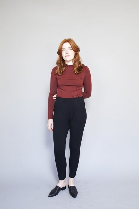 Eve Gravel Sagan Turtleneck - Brick