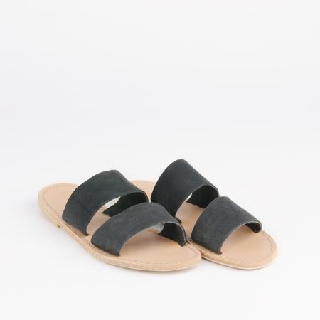 SAMUJI Double Strap Sandal in Twist Dark Grey