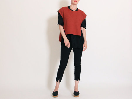 Eve Gravel Westworld Pullover Vest - Brick