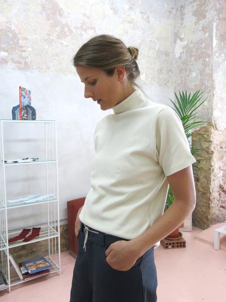 Baserange Torres Tee – Noil Cotton