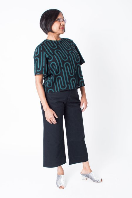 Dusen Dusen High Waisted Pants (Petite) - Black