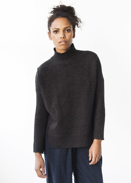 Line Knitwear Catharine in Charcoal