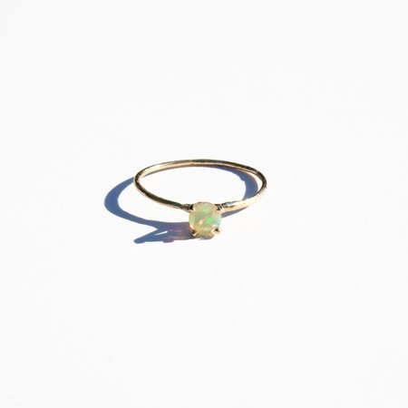 Mondo Mondo Opal Princess Ring