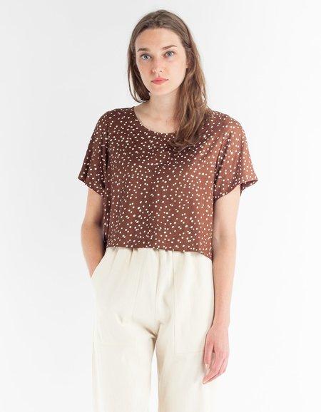 Ali Golden Woven T-Shirt - Brown Dot