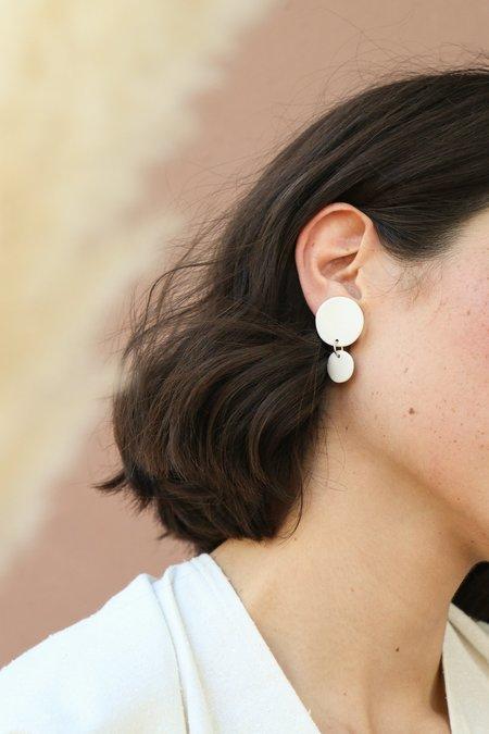 Four Eyes Ceramics Little Circle Dangle Earrings in White
