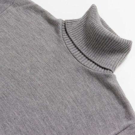 Outclass Cool Grey Turtleneck