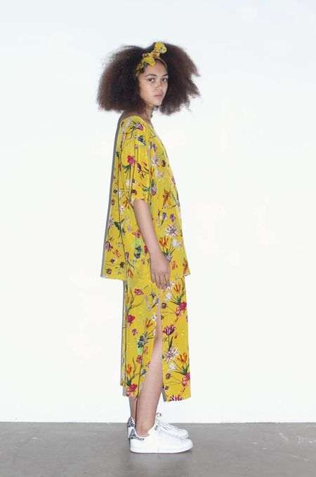 Strathcona Yellow Tulip Silk Tunic Shirt