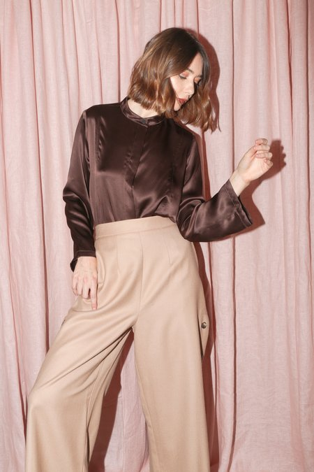 Wolcott : Takemoto Jim Blouse in Clove Silk Charmeuse