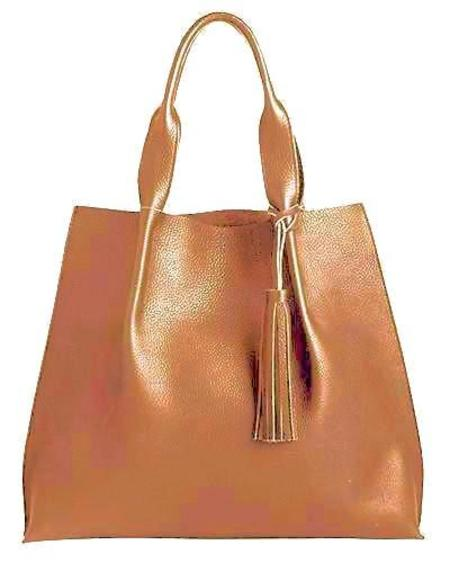Oliveve maggie tote in cognac pebble leather with leather tassel