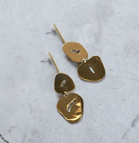 Modern Weaving Floating Oval Earrings in Polished Brass