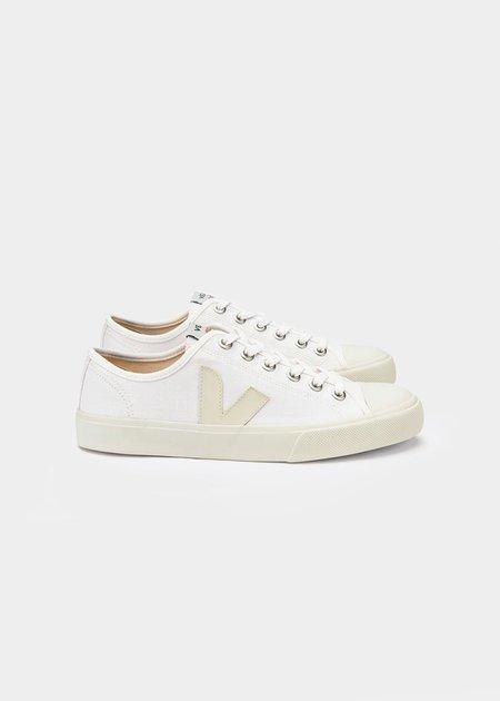 VEJA Leather Wata Pierre Sneaker