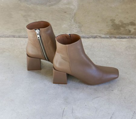 LoQ Lazaro Boot in Mink
