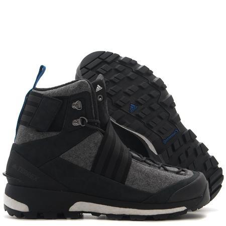 Adidas Consortium Series Xhibition Terrex Tracefinder - Core Black
