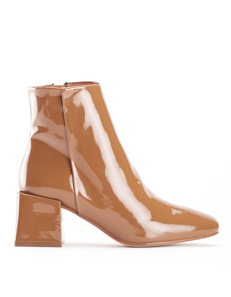 LOQ Lazaro Boot Cream Patent