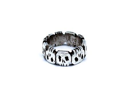 Aris Schwabe Crypt Ring