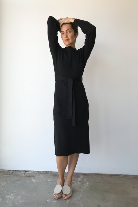 Mixed Business Black Thick Rib Crewneck Sweater Dress