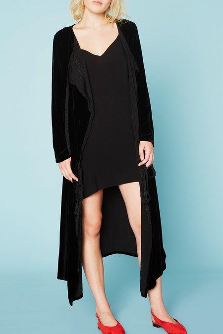 Lacausa Velvet Wrap in Black