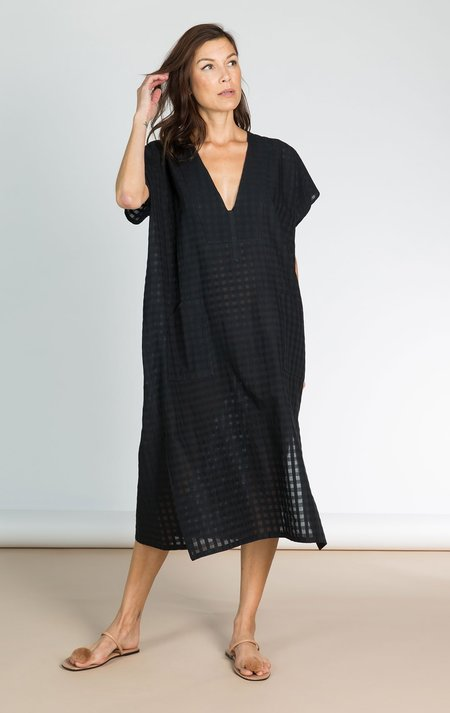 Two New York The Bib Grid caftan - black