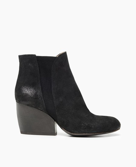 Coclico Buck Boot in Black
