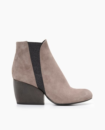 Coclico Buck Boot in Neutral