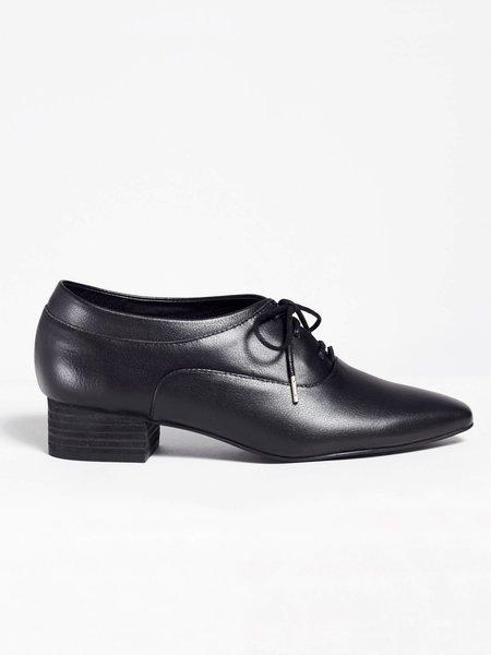 Intentionally Blank Yugo Shoe