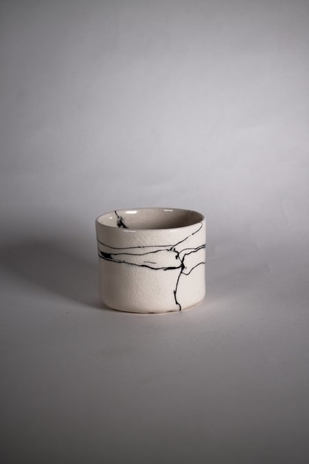 Risa Nishimori Coloured Cup - White Marble