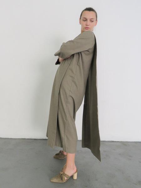 BLACK CRANE APRON DRESS - MUD