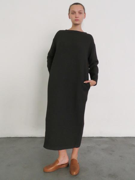 BLACK CRANE PENGUIN DRESS - CHARCOAL