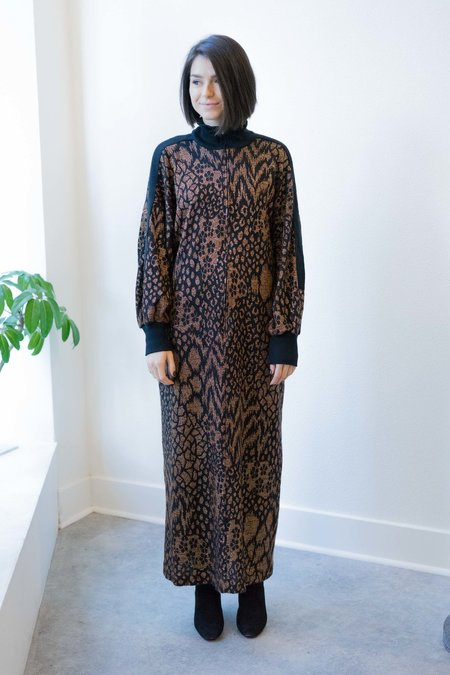 BACKTALK VINTAGE SPARKLY ANIMAL PRINT HOLIDAY SWEATER DRESS