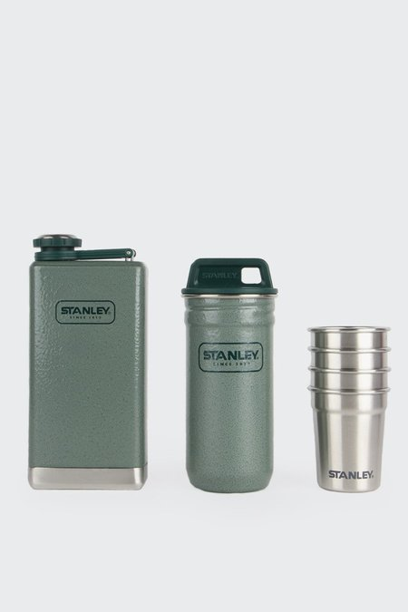 Stanley Adventure Flask & Shot Glass Set