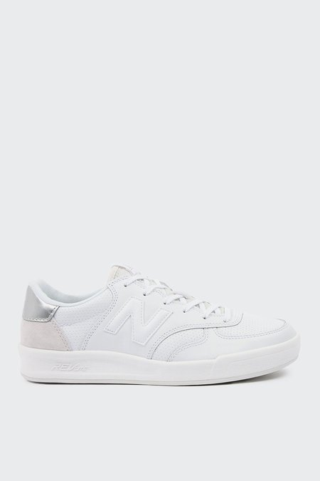 New Balance Womens Court 300 white Out