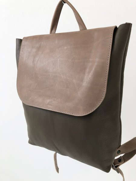 CHC Sample Large Ray Backpack - taupe