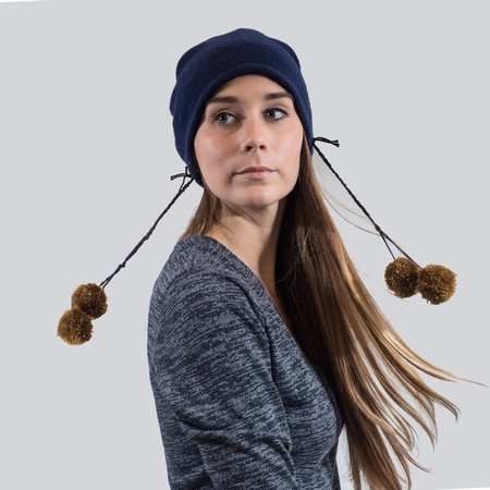 Claudia Schulz Juanita Beanie with Pom Pom Pin