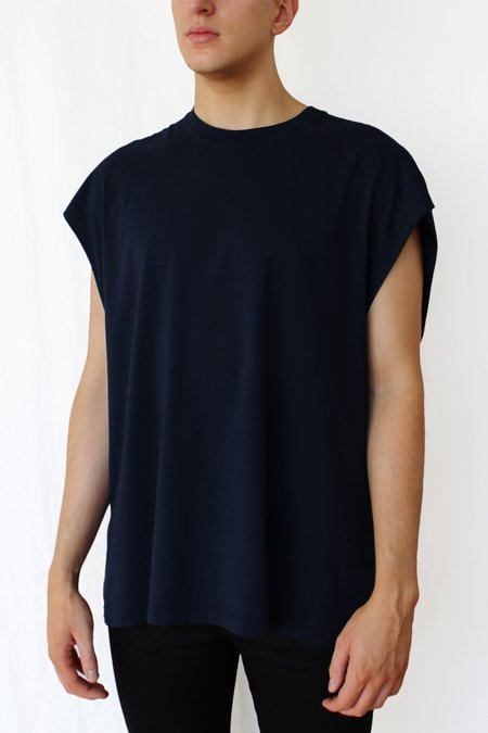 Commun des Mortels Muscle T-shirt - Navy Blue