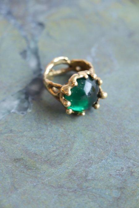 Mondo Mondo Magician Ring  Brass - Green