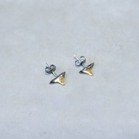 Pade Vavra 22K Gold Plated Fossil Shark Tooth Stud Earrings