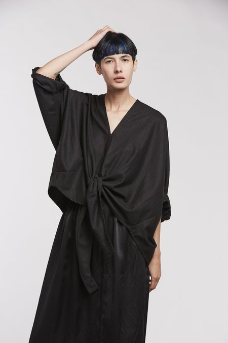Miranda Bennett Kahlo Top, Silk Noil in Black