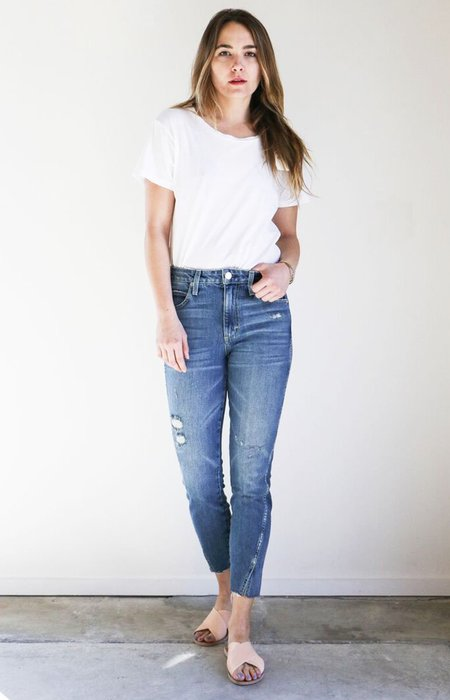Amo Denim High Rise Twist Jeans in Loverboy